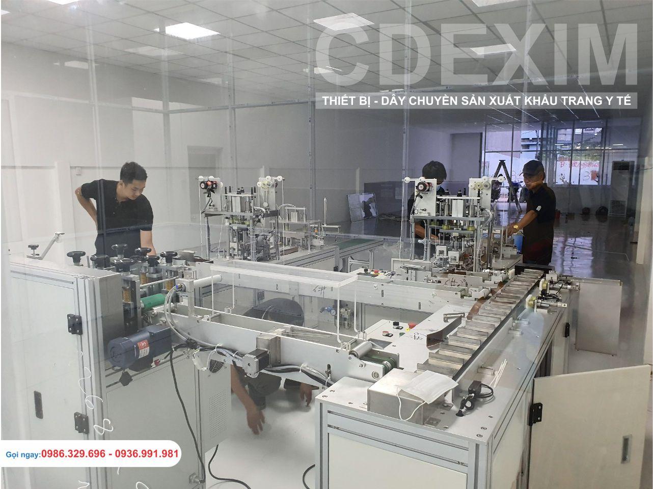 Kỹ sư CDEXIM kiểm tra nguồn điện trước khi vận hành